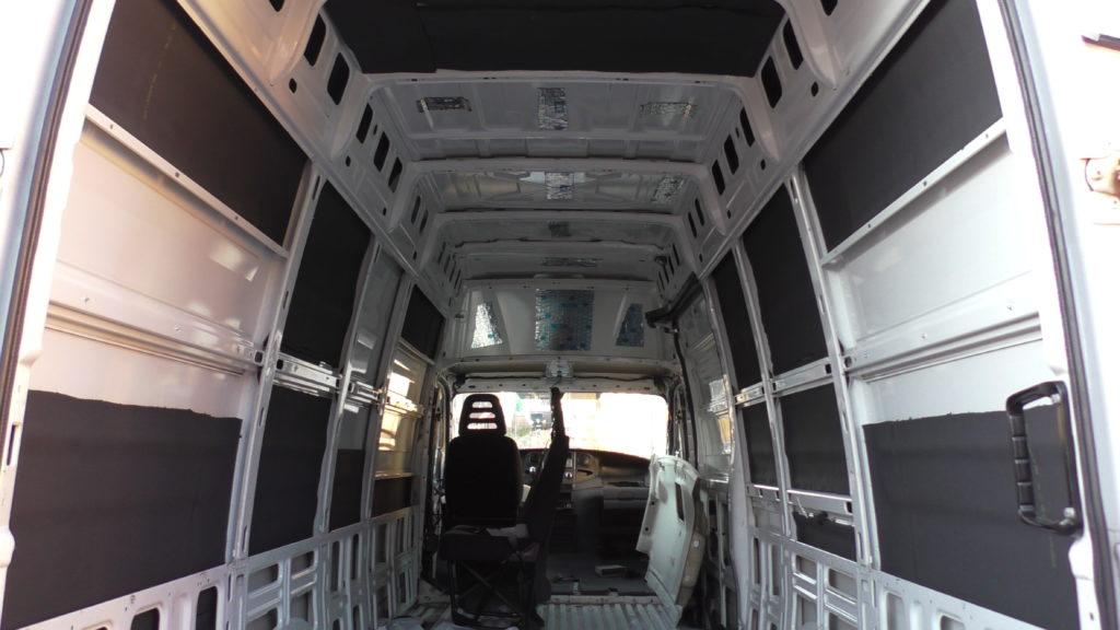 Iveco Daily XXL Maxi L5H3 Camper Ausbau Dämmung Armaflex