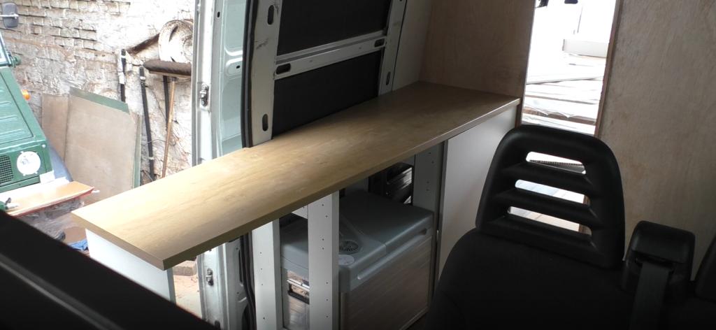 Arbeitsplatte Küche Ikea im Camper Wohnmobil Einbau