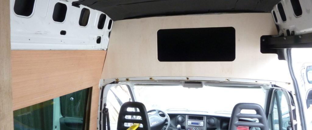 Moebelbau-Schrank-Campervan-Iveco-Daily-Pappelsperrholz-15mm-Front